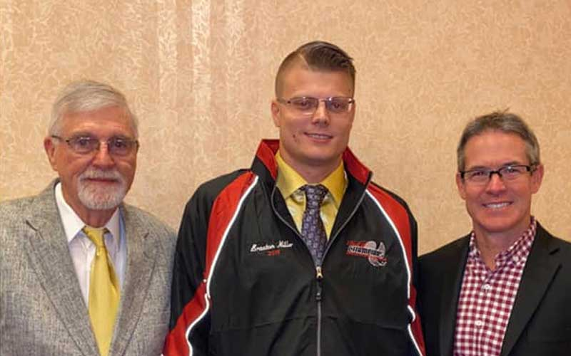 Braxton Inducted into Hall of Champions